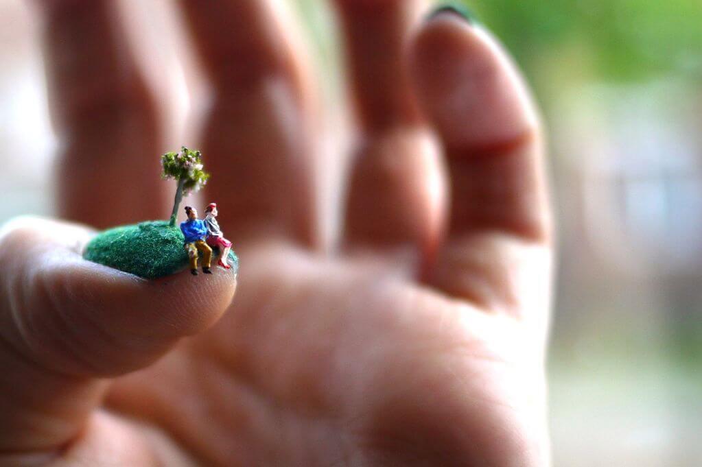 Alice Bartlett nail art 7 - Amazing Nail Art