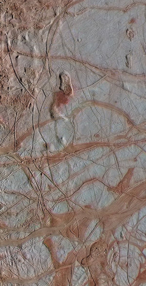 NASA's Galileo spacecraft shows an intricate pattern of linear fractures on the icy surface of Jupiter's moon Europa. Image Credit: NASA/JPL-Caltech/ SETI Institute