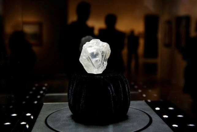 "The 1109 carat ""Lesedi La Rona"" diamond is displayed in a case at Sotheby's in the Manhattan borough of New York, U.S., May 4, 2016. REUTERS/Lucas Jackson"