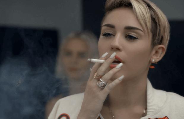 1smoking - Having no friends is deadlier than smoking