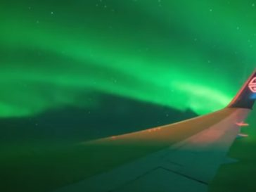 Aurora Australis 364x273 - The flight view of stunning Aurora Australis