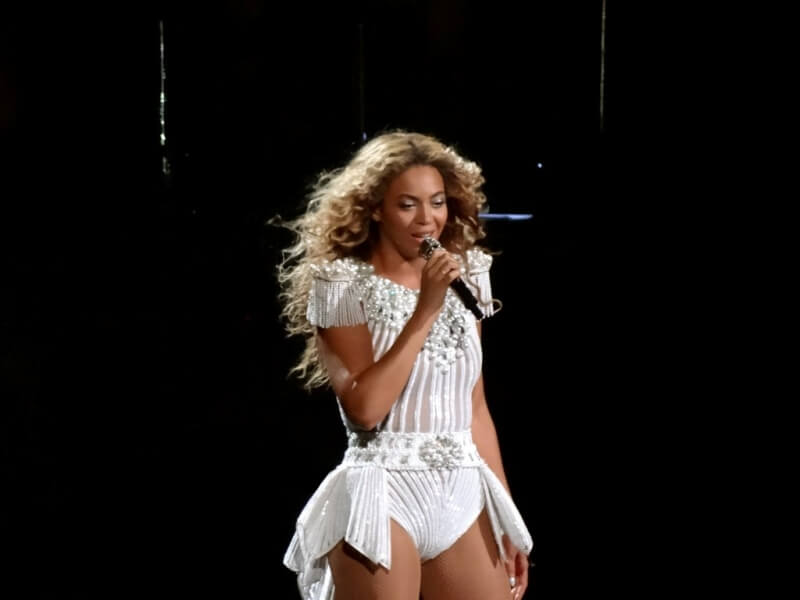 dangerous celebrities beyonce singing