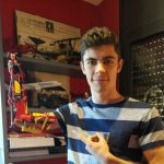 A Teen Built His Own Prosthetic Arm Out Of Lego 2