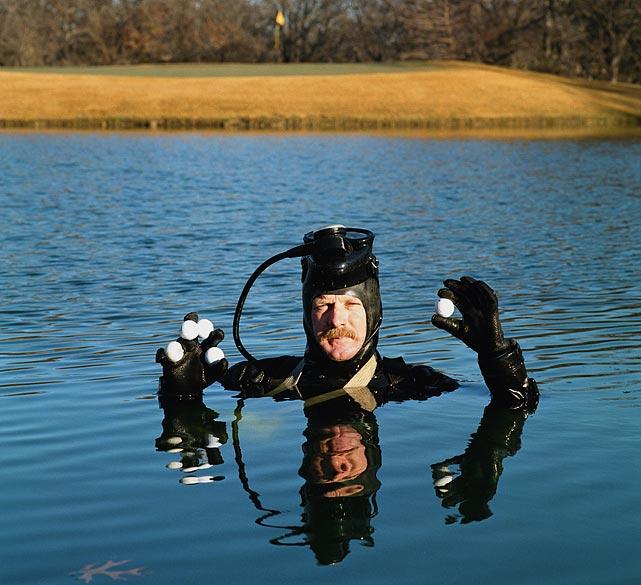 Govg ball dive weird jobr - Ten jobs in the world that cannot get any weirder