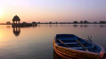 Jaisalmer rajasthan 2 364x205 - Blog: Travel to Jaisalmer India, Night at the Station
