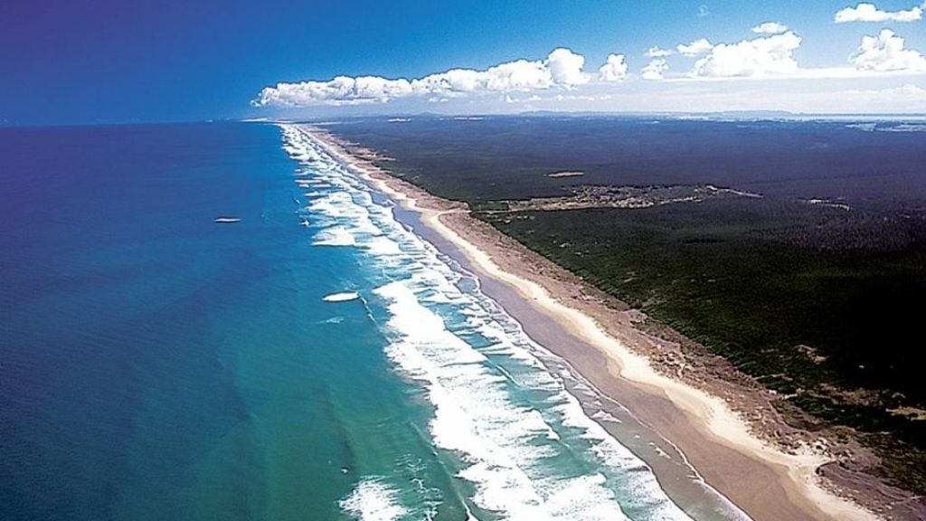 Ninety Mile Beach, New Zealand largest beaches in the world