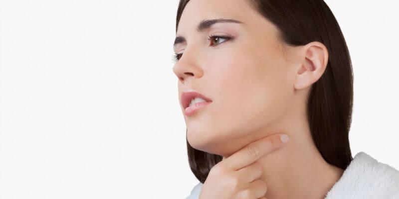Relieves sore throat