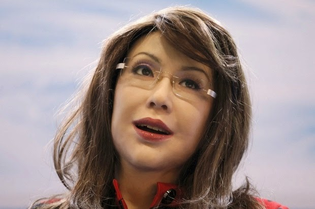 This humanoid robot is jointly developed by China's Shanghai Yangyang Intelligent Robot Science Service center and Japanese professor Hiroshi Ishiguro. She can do facial expressions and a variety of gestures