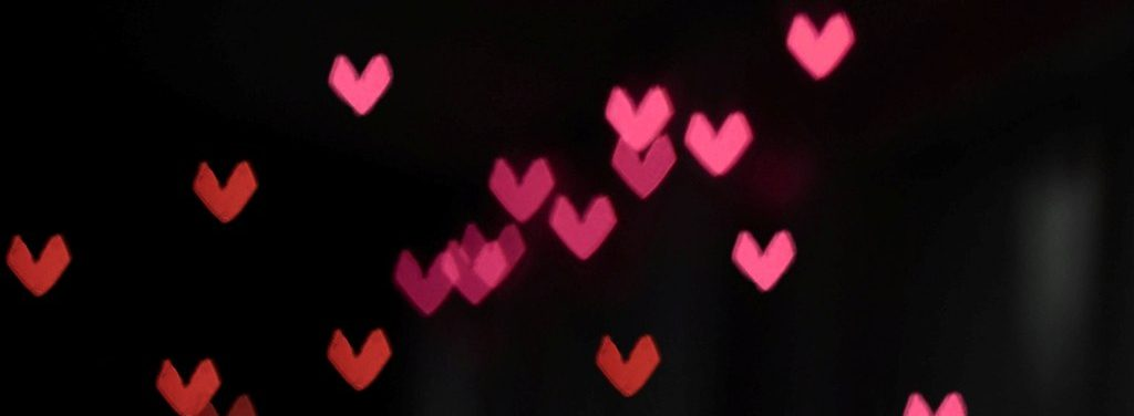 black background hearts e1546104824125 - Your Attachment Style Shows How You Function In Your Relationship