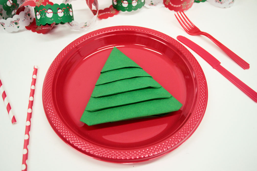 christmas tree napkin style trick - Fold Your Napkins Into Christmas Trees This Holiday And Impress Your Guests