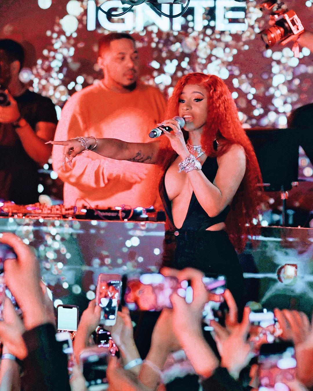 cardi b performing at dan bilzerian valetines party