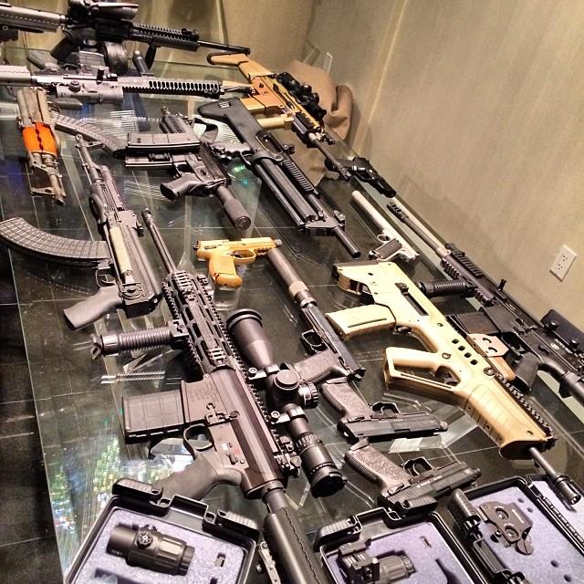 dan bilzerian gun table