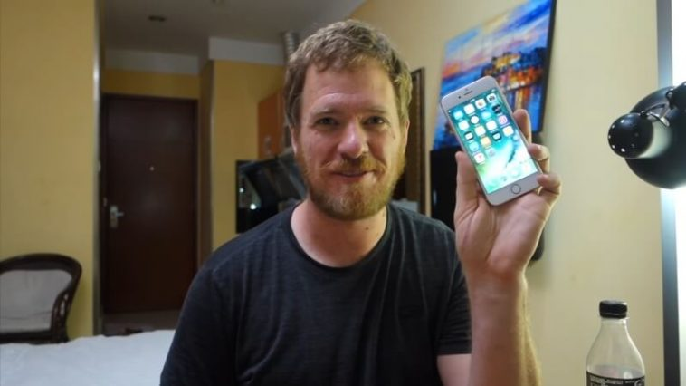 guy built an iPhone 6 from spare parts