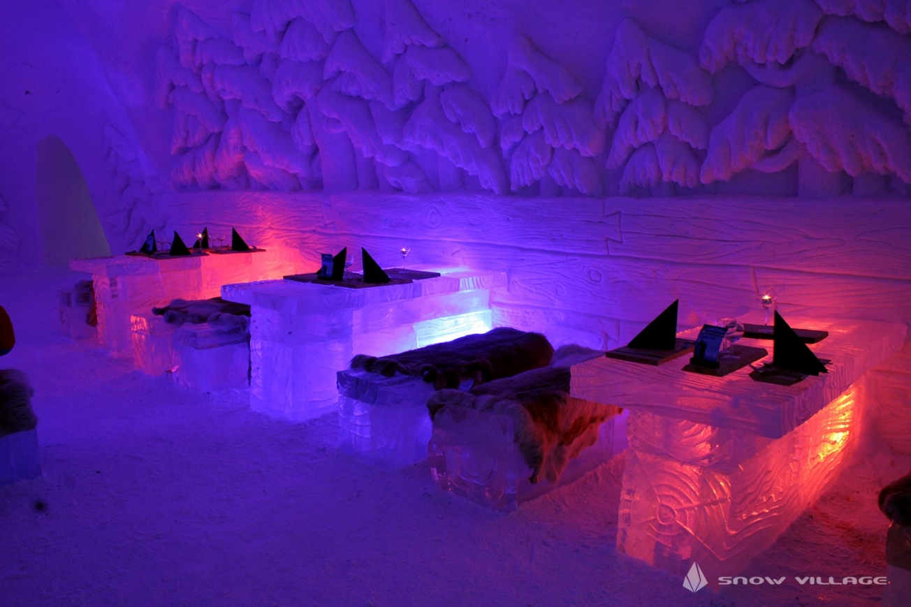 ice restaurant dininghall1a snowvillage lainio2012 1304x9999 - There is a Game of Thrones Snow Hotel in Finland