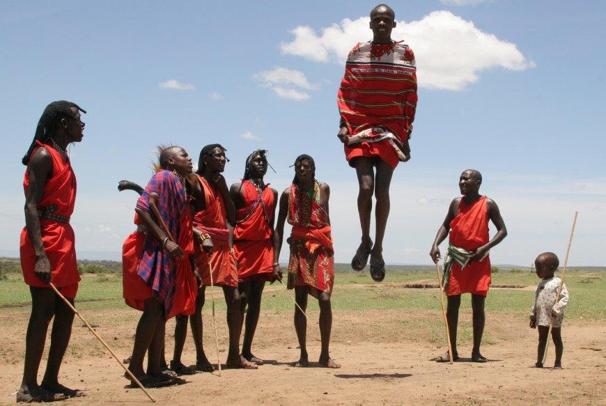 kenya maasai warriors - 5 Weirdest Eating Customs In The World