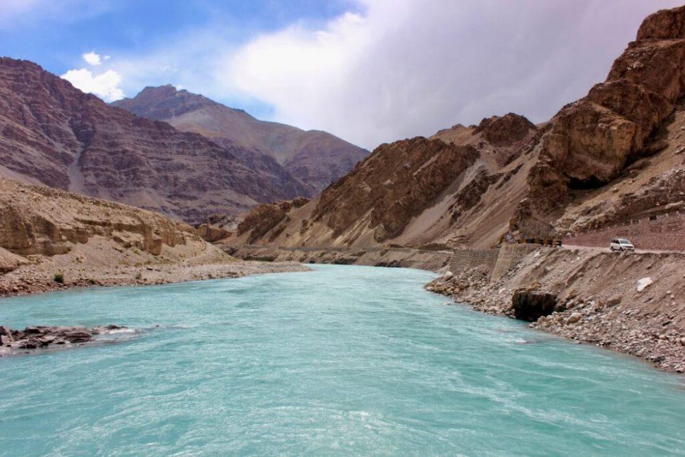 ladakh Travel Indus river