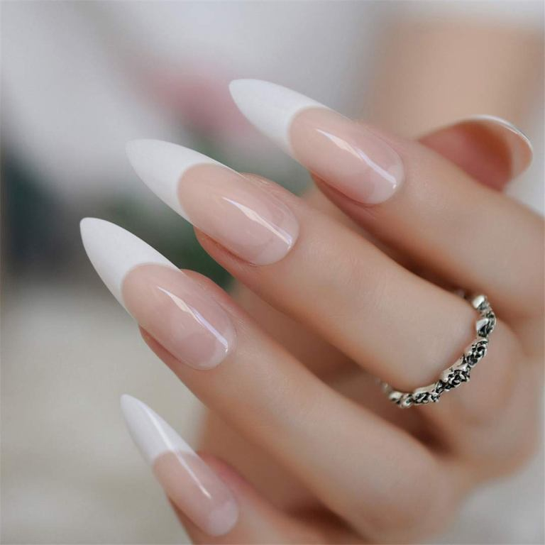 See the reasons why you should not get fake nails