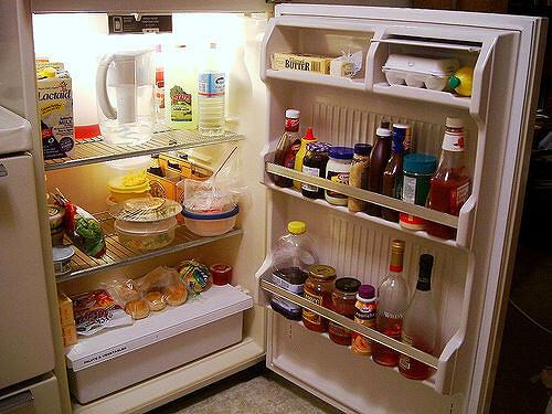open fridge - Things to avoid keeping inside your fridge