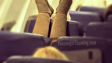 people travelling in aricraft funny pictures 1 364x205 - Just see these shocking pictures inside the flight