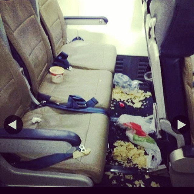 people travelling in aricraft funny pictures 10 - Just see these shocking pictures inside the flight