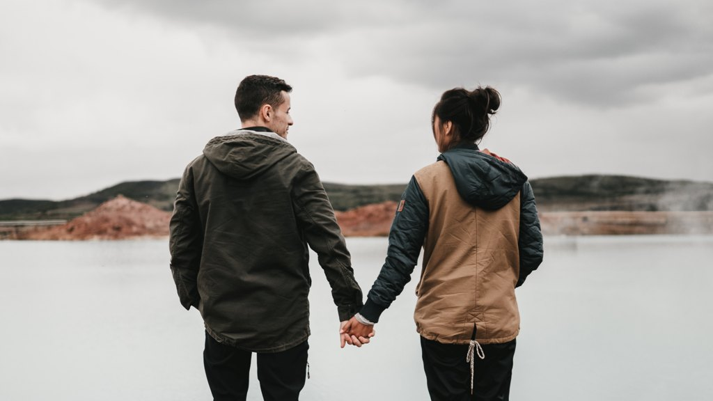 relationship - Learn To Thoughtfully Express The 'Acts Of Service' Love Language In These 5 Ways