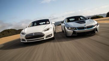 tesla bmw 364x205 - Tesla beats BMW for a moment