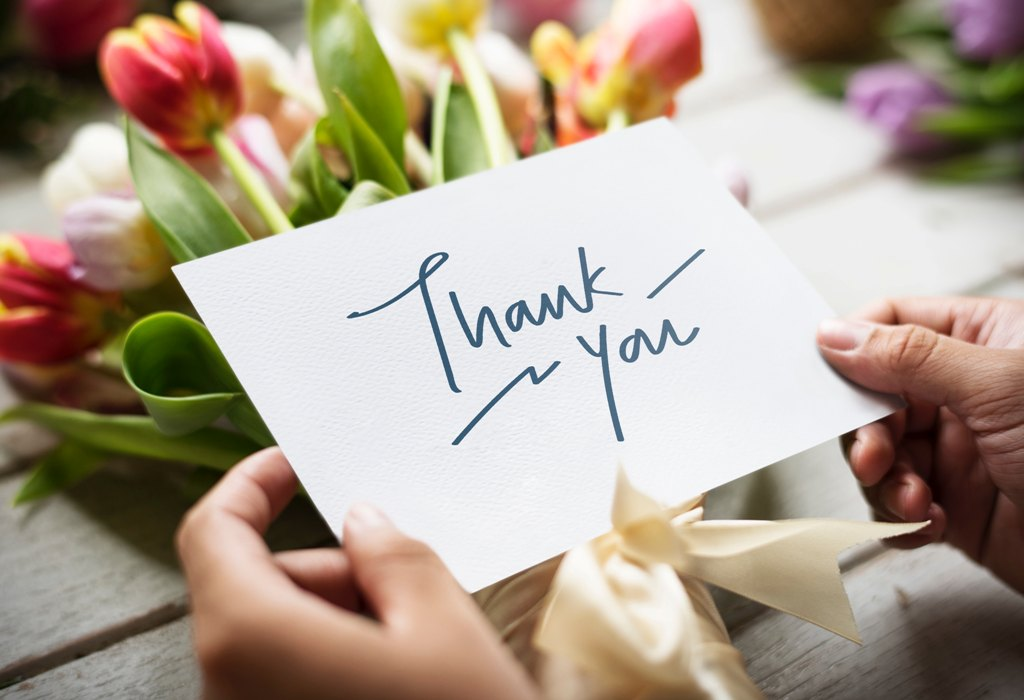 thank you notes - We Need To Get These 6 Old-Fashioned Traditions Back To Our Parties