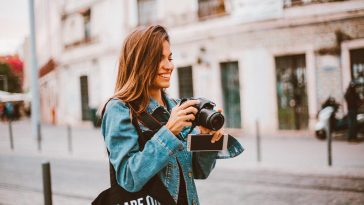 travel photographer 364x205 - 4 Real Jobs That Can Pay You To Travel The World