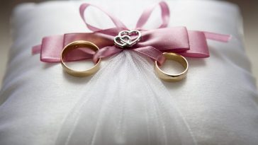 wedding ring tied